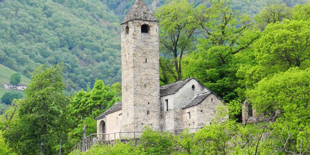 Bild: eine Kapelle im Tessin